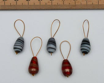 Stitch marker for knitting
