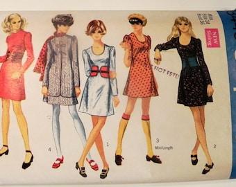 "1960s Mini Dress Scoop neck Go Go Wide Belt vintage sewing pattern Simplicity 8445 Size 14 Bust 36"""