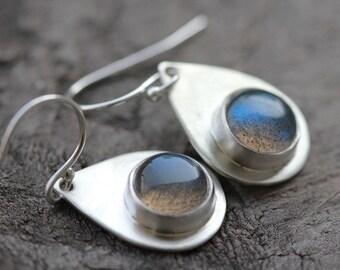 labradorite teardrop earrings. blue green gemstone. satin sterling silver. dangle earrings. jewelry. (gypsy wanderer. earrings)