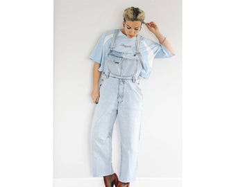 Vintage 1990s pale blue denim cropped dungarees