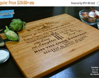 SUMMER SALE - 10% OFF - Personalized Cutting Board, Personalized Wedding Gift, Housewarming Gift, Anniversary Gift, Personalized Cutting Boa