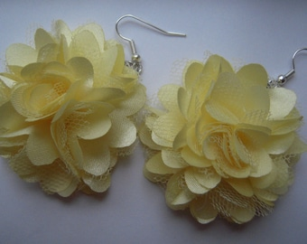 Big fabric flower earrings 4 colours (yellow-orange-blue-black)