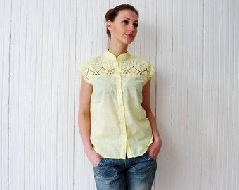 Retro embroidered yellow shirt Woman cotton summer blouse Mandarin collar sleeveless blouse size M