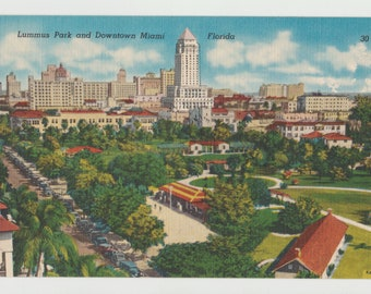 Linen Postcard, Miami, Florida, Lummus Park and Downtown Miami, ca 1940