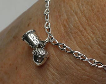 Acorn and Thimble Solid Sterling Silver Bracelet, Peter Pan and Wendy Hidden Kisses Second Star Right