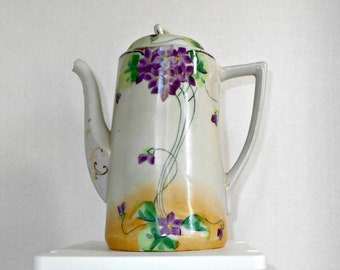 Nippon China Teapot,Nippon Violets Teapot,Tohina E-OH Nippon,Nippon Hand Painted Teapot,Made in Japan Teapot,Nippon Chocolate Pot,Teapot