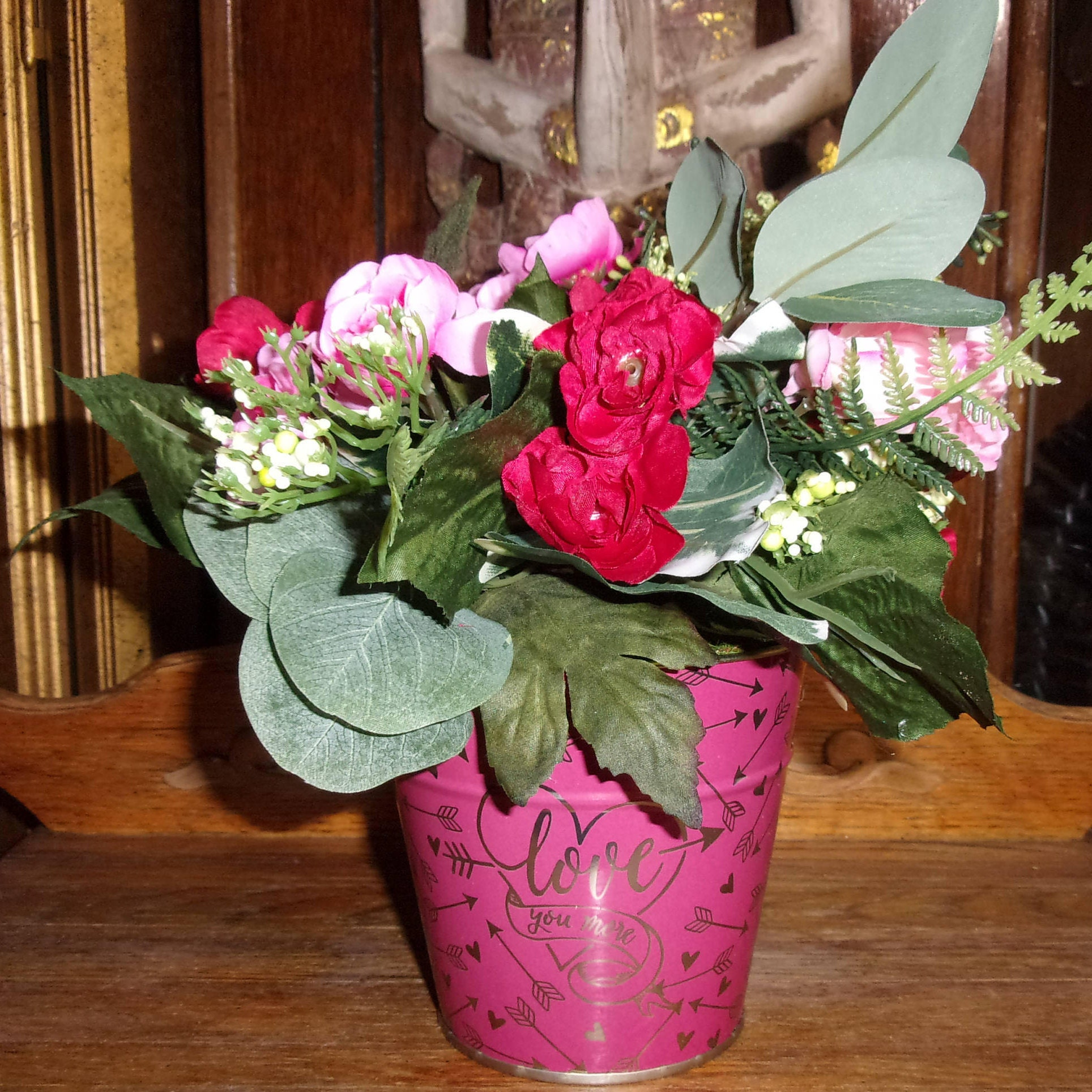 Valentine bouquet tin valentine floral decoratio fabric birthday valentine bouquet tin valentine floral decoratio fabric birthday bouquet bucket of roses anniversary gift flower valentine gift izmirmasajfo