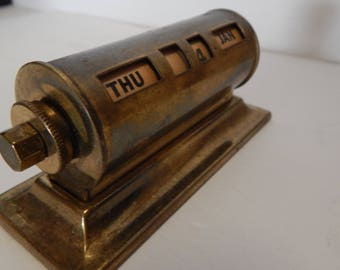 Calendar Vintage Park Sherman Office Brass Perpetual Desk Calendar Revolving Number Paperweight.epsteam