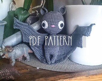 PDF PATTERN - EN - Crochet pattern for amigurumi - Batilda the bat - ooak