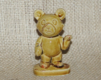 Japanese bone china teddy bear figurine, honey glaze, 1960s kitsch collectable