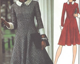 1970s Molyneux Womens Dress Fit and Flare with Diagonal Seams & Bias Skirt Vogue Sewing Pattern 2940 Size 12 Bust 34 FF Vogue Paris Original