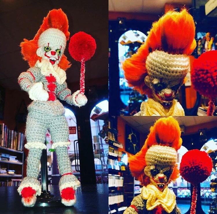 Handarbeit häkeln gruselige Clown Puppe inspiriert von