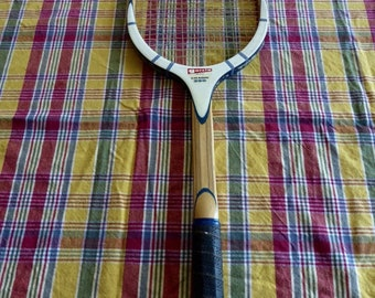 Vintage Garcia Cragin 360 Wood Tennis Racquet  Leather Grip Excellent Condition Strata Bow