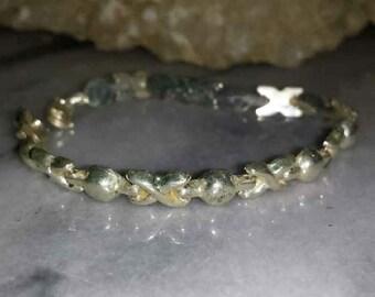 Vintage Sterling Silver Link Bracelet XOXO / 1970s Sterling Silver Link Bracelet Hugs & Kisses
