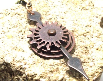 Steampunk Style Fidget Spinner Cogs Gears and Wheels Pendant Necklace in Antique Copper