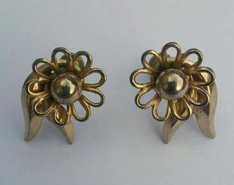 Vintage Flower Clip-on Earrings