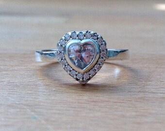 Sparkling Heart Cubic zirconia ring