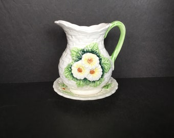 Daisy Pitcher and Bowl - Japan