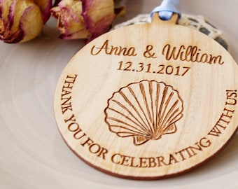Beach wedding favors, wedding favor ornaments, wooden ornaments, seashell ornaments, wedding favors, Thank you favors, set of 25 pc
