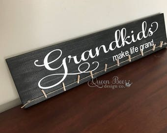 Grandkids Make Life Grand Photo Hanger.Photo Display.Grandkids Sign.Picture Frame.Picture Display. Mother's Day Gift Idea. Gift Idea.Black