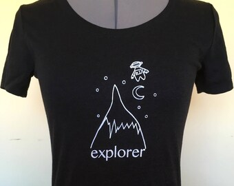 Explorer Tshirt-Womens Tshirt-Explorer Shirt-Explorer Tee-Womens Black Shirt-Explore Illustration-Inspirational-Screenprint Shirt-Adventure