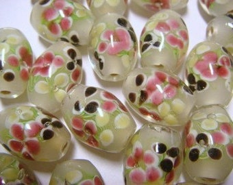 Beautiful white oval floral lampwork glass beads