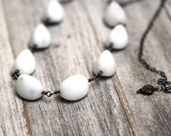 Carrera Marble Necklace, Smooth White Gemstone Simple Statement Necklace Oxidized Silver Necklace  - Michelangelo