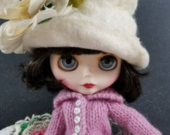 Dusty Pink Wool Sweater for Blythe- Long Sweater Coat, White Buttons, Hand Knit Doll Clothing