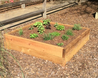 4' x 4' raised garden bed (Local Delivery and Set-Up)