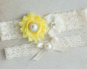 Yellow Bridal Garter Set, Wedding Garter Set, Rhinestone Lace Garter, Pearl Garter Set, Wedding Garter Lace, Vintage Garter