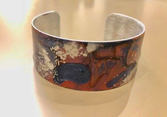SJC10057 - Enamel painted aluminum cuff open bracelet with abstract design (pink, blue, silver)