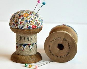 Pincushion, Wooden spool, Cotton reel pincushion, Pin holder, Needle holder, spool pincushion, Bobbin pincushion, Liberty Fabric pincushion