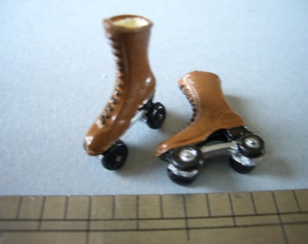 1:12th Roller Boots/Skates for the Dolls House Nursery/Garden