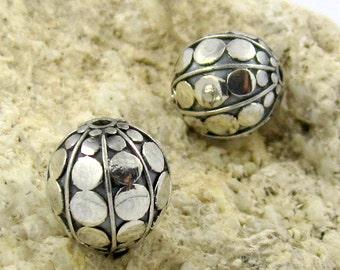 2 pieces 10mm Bali round handmade silver beads Oxidized