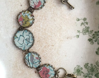 "Tin Jewelry Bracelet ""Mellow"" Tin for the Ten Year Anniversary"