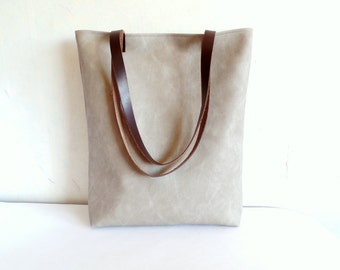 Leather tote bag, large tote bag, vegan leather tote, grey  tote bag, Real leather handles, Leather straps, Casual tote bag, Gray purse