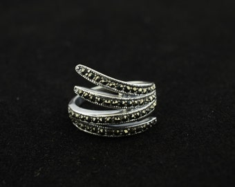 bali sterling silver ring-size 8