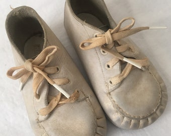 vintage LEATHER BABY SHOES dolls Gs2b-258