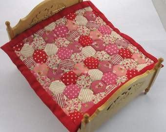 Dollhouse Miniature Patchwork Quilt in 12th Scale - Pink and Red