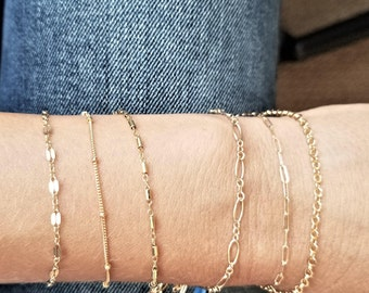 Stackable chain bracelet/ Minimalist jewelry/ Layering chain bracelet/ 14k gold filled/ Rock Elegance