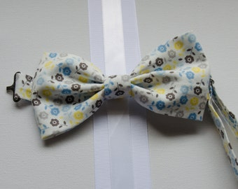 Bowtie - Baby, Toddler, and Little Boy Blue, Yellow, Gray and White Floral Print Bowtie