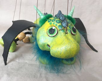 Baby Luck Dragon (Glückdrache) - marionette puppet handcrafted by The Squeaking Tribe.