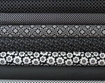 Black and white fat quarter bundle