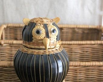 Small Vintage Lidded Owl Basket