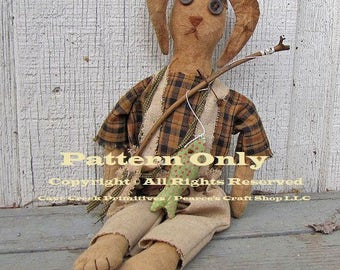 Primitive Rabbit Pattern, Rabbit Patterns, Primitive Rabbits, Primitive Animals, Sewing Patterns, Primitive Dolls, Country Farmhouse Decor