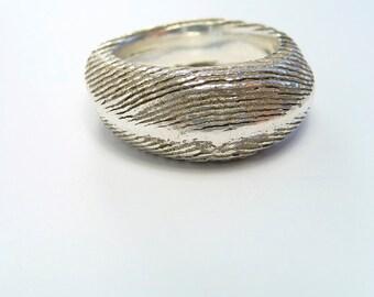 Bones Texture Ring