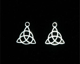 10 charms Celtic symbol Triquetra silver 16x14mm #701