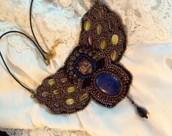 plastron stone lapis lazuli necklace