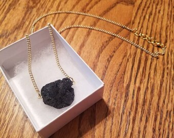 Free shipping! Druzy Necklace, Charcoal Black, Sideways Pendant, Boho Style, Sparkly Necklace, Crystal