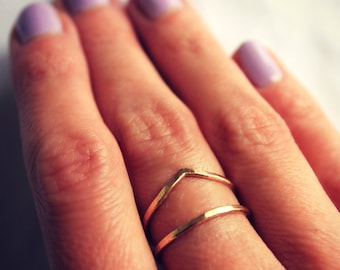 14k Gold filled stacking ring set - set of two hammered, textured rings, gold rings, chevron stacking rings